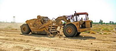 احداث شبکه فرعی آبیاری، تجهیز و نوسازی و زهکشی زیرزمینی اراضی شهید رجایی